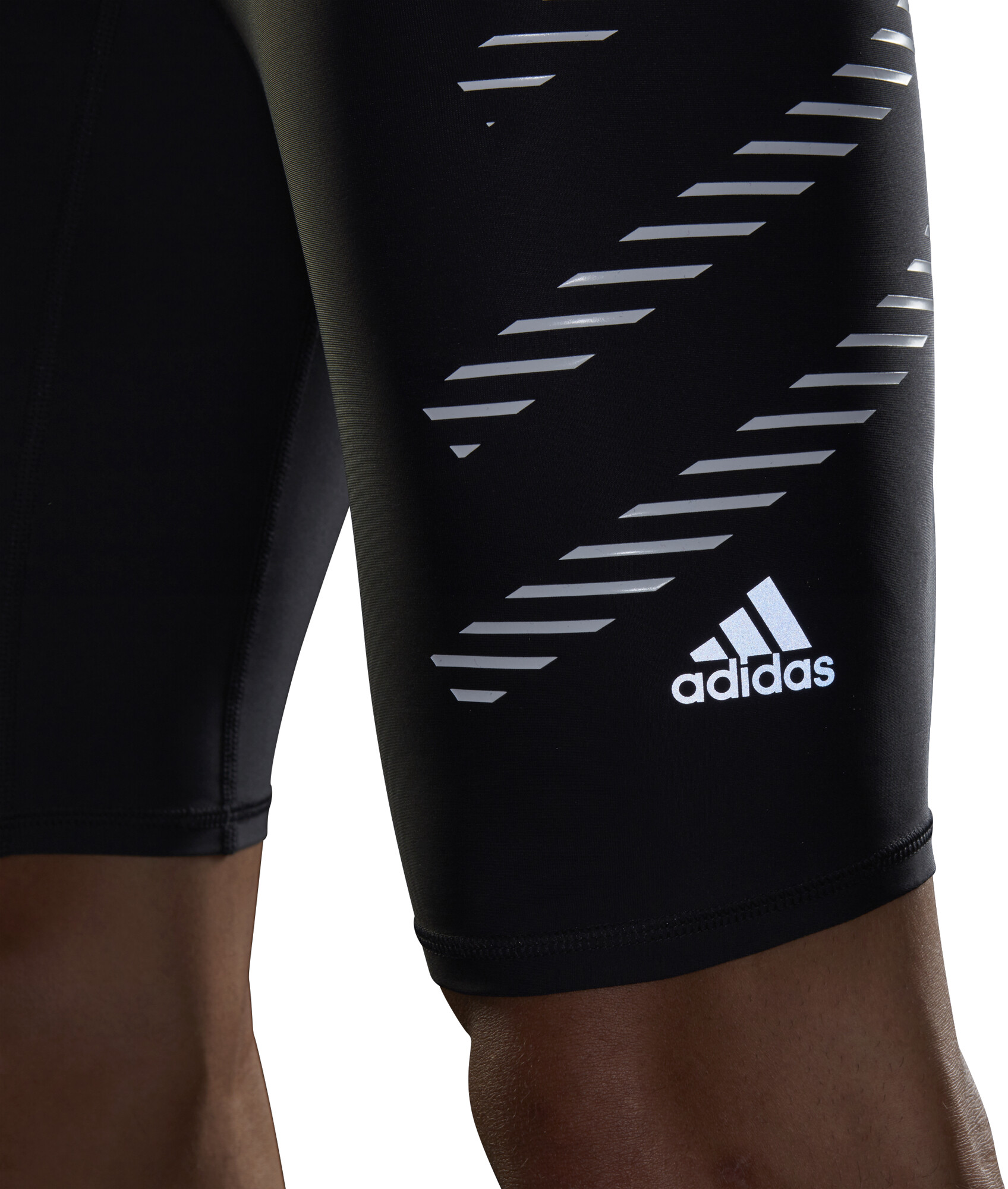 01cacf2131d adidas Speed Hardloop Shorts Heren zwart l Online outdoor shop Campz.nl